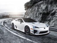 Суперкар от Lexus под названием LFA