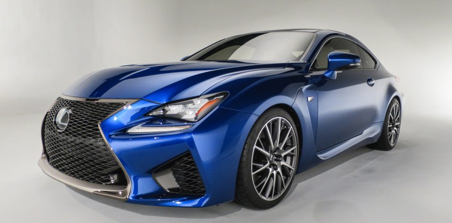 Мощный автомобиль от Lexus 2014 года выпуска